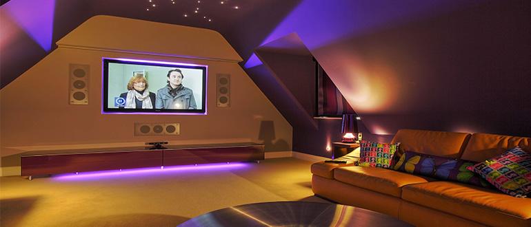 Решив осветить свой дом именно с помощью светодиодов, каждый получит красивое и надёжное освещение.